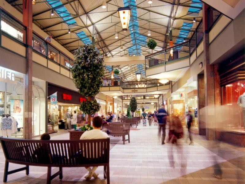 GH+A a procédé à deux refontes de ce centre commercial depuis son ouverture (1990 et 2015).
